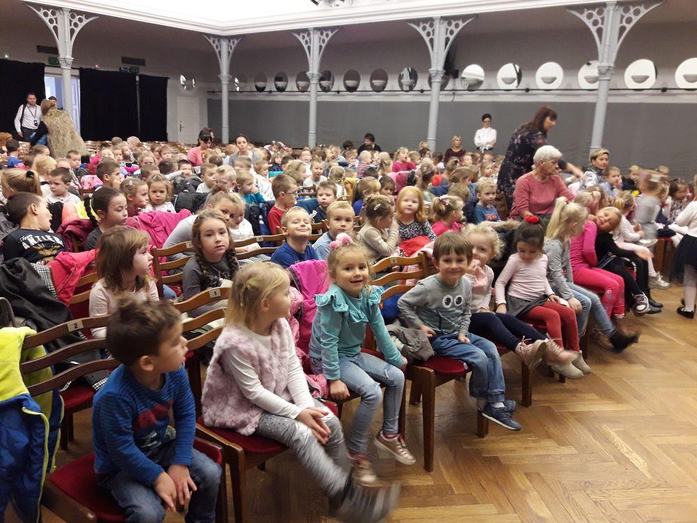 Spektakl teatralny w Lesznie